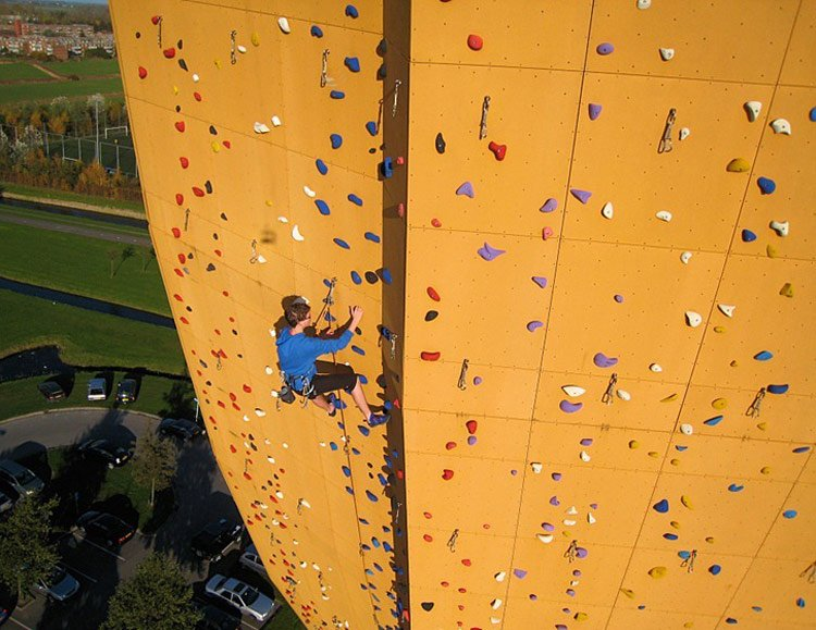 excalibur-worldtallestclimbingwall-gselect-gessato-gblog-01