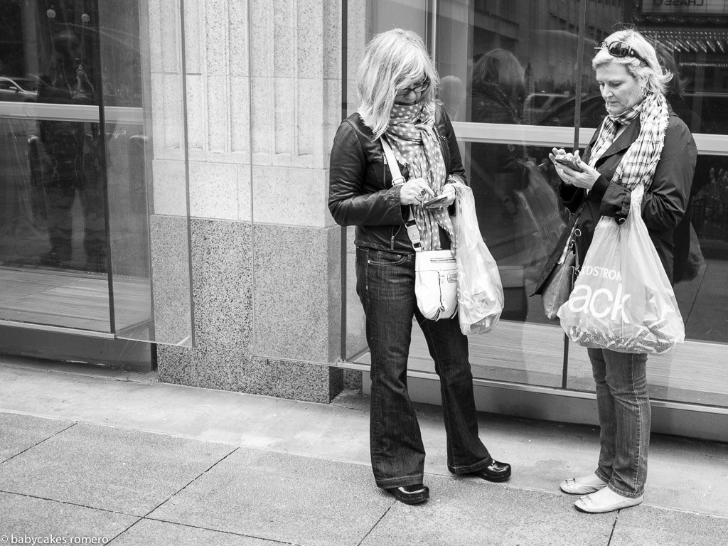 digital-age-the-death-of-conversation-documented-in-photos-3