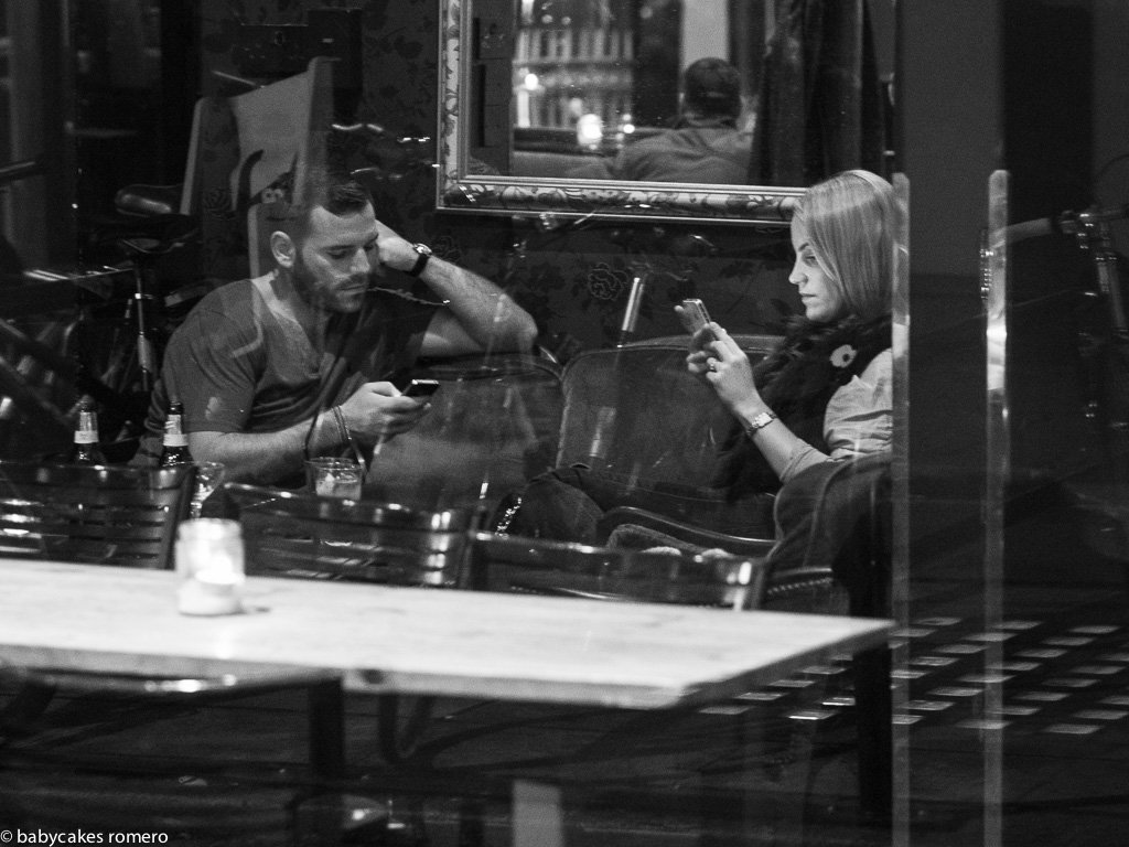 digital-age-the-death-of-conversation-documented-in-photos-5