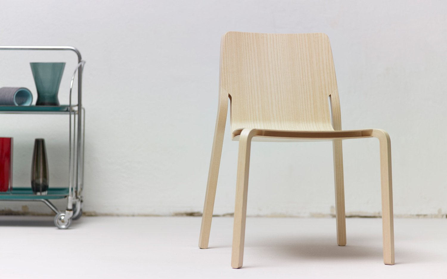 Lightweight Plywood Layer Chair