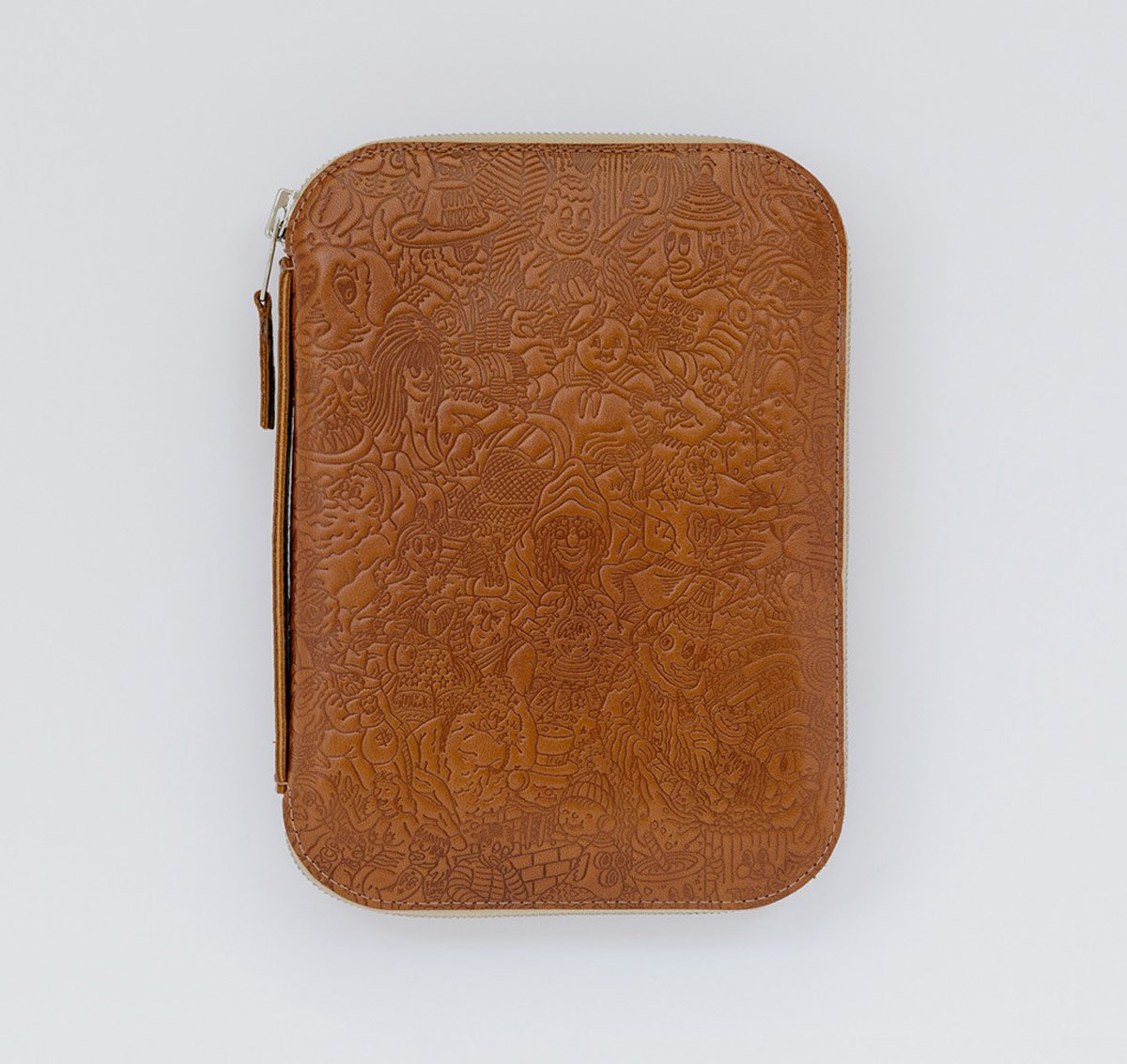 embossed-leather-case-by-this-is-ground-and-freegums-3