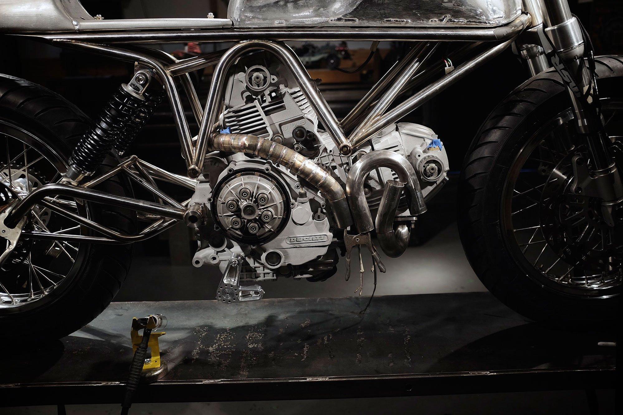 ducati-900ss-sp-j63-custom-build-by-revival-cycles-11