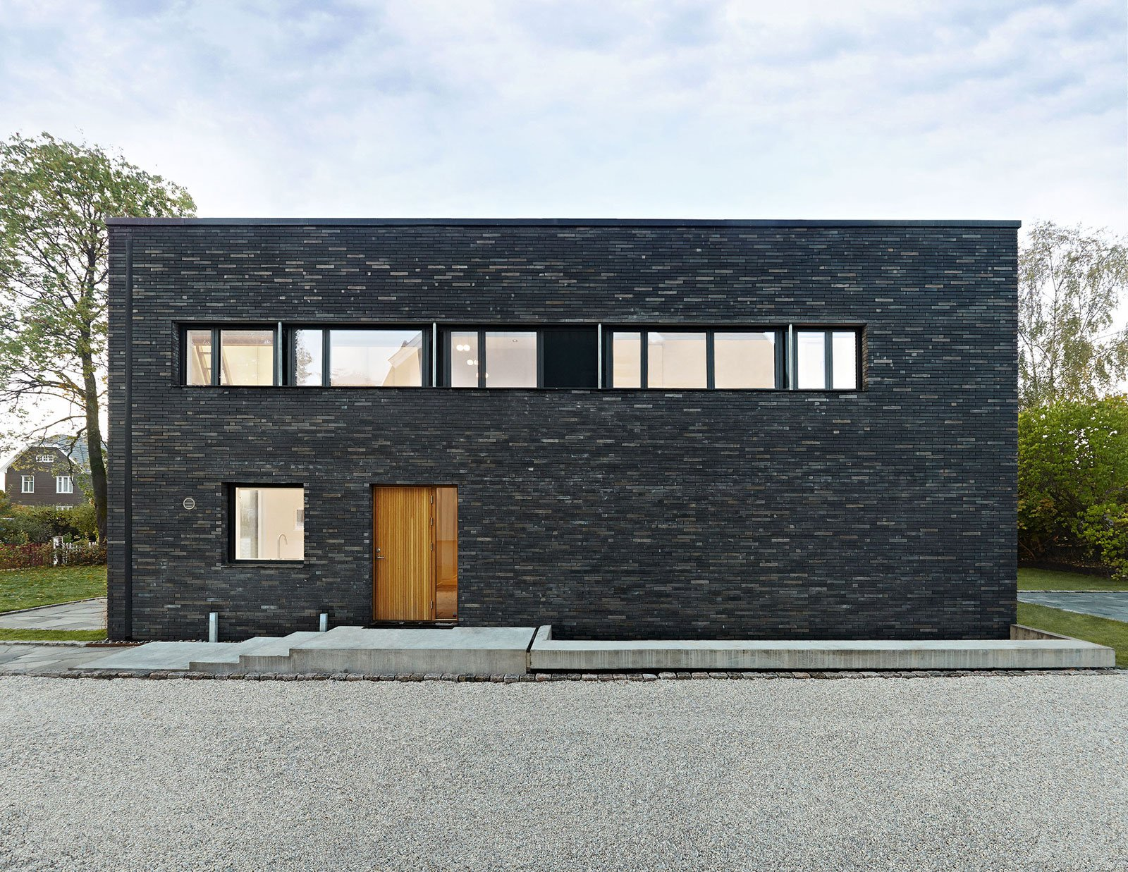 stone-and-brick-wothouse-garden-development-in-oslo-2