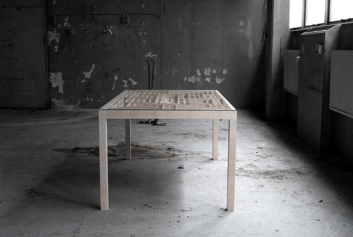 labyrinth-table-by-benjamin-nordsmark-7