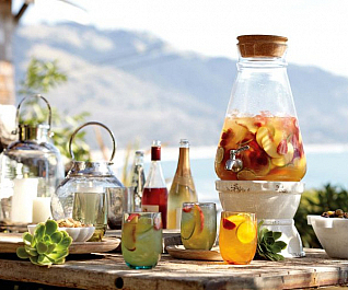 5-reasons-sangria-is-essential-for-summer-6