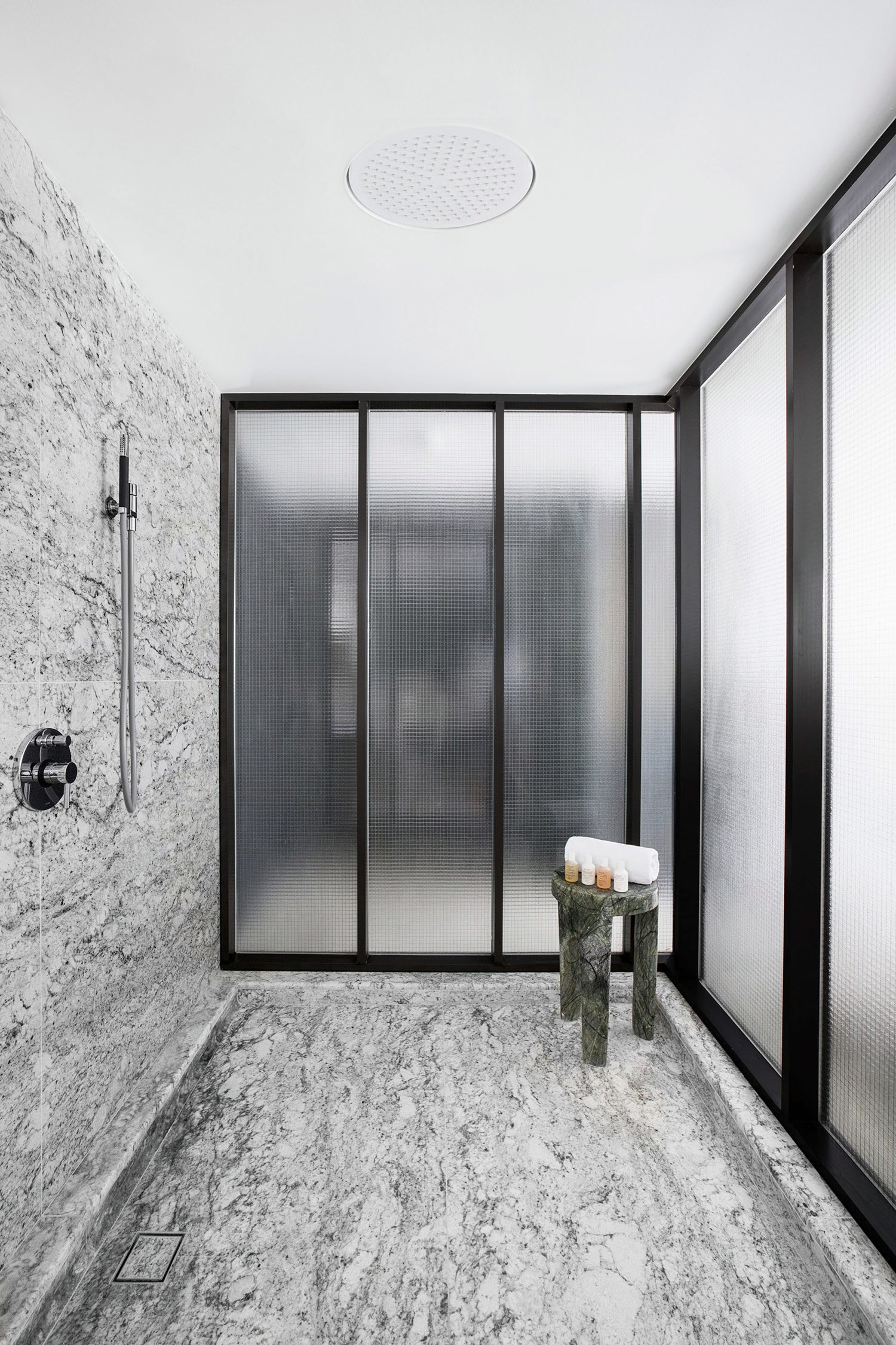 tuve-boutique-hotel-by-design-systems-9