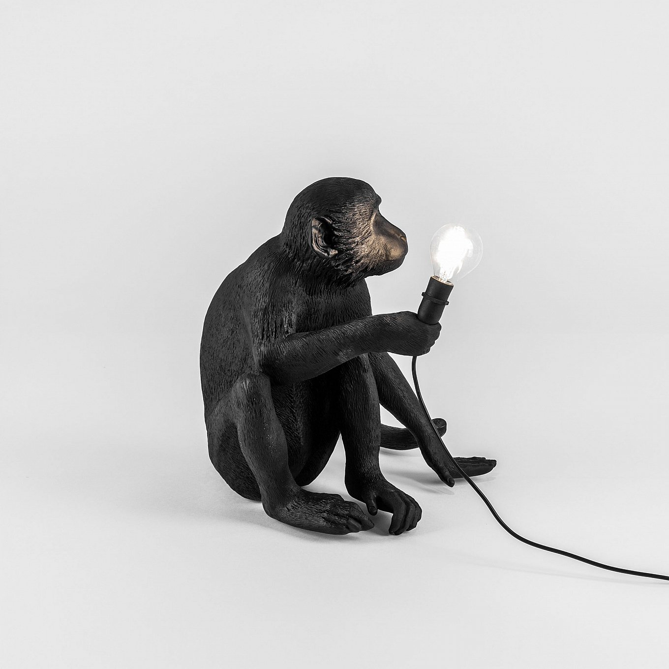 black-monkey-lamp-seletti-outdoor-gessato-6