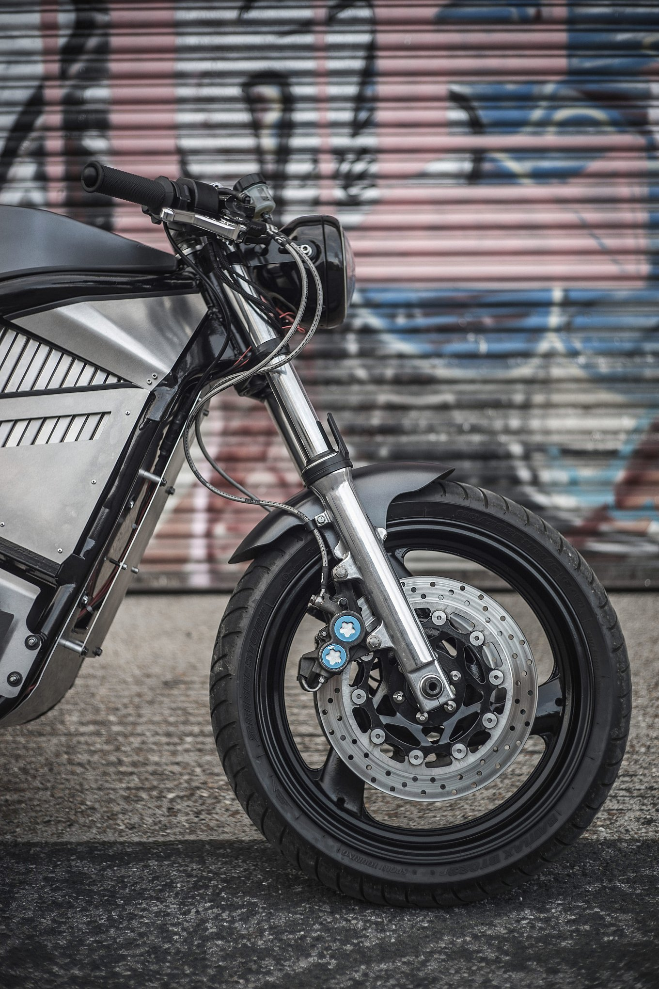 phaser-type-1-electric-motorcycle-by-union-motion-4