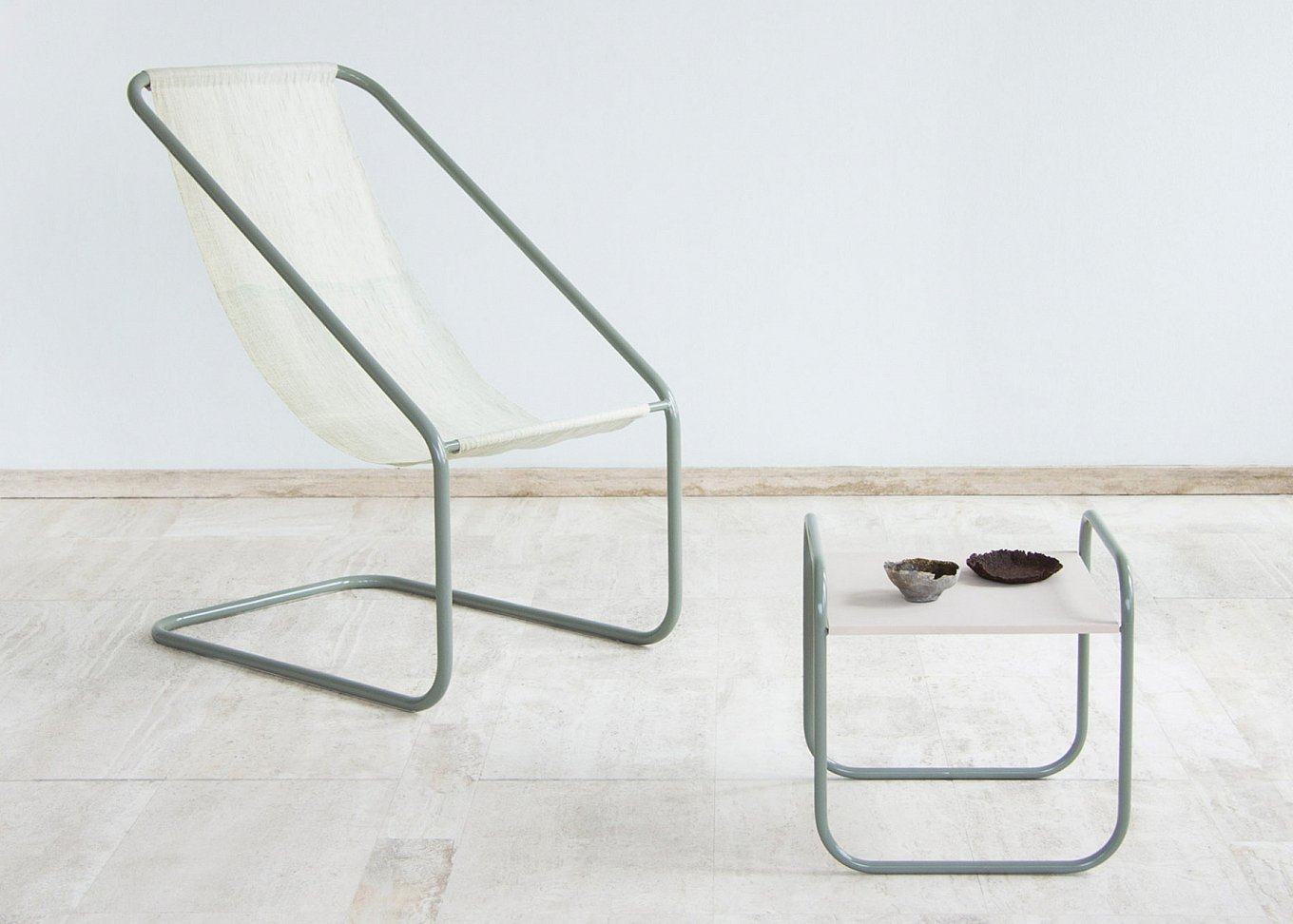 sea-me-sustainable-furniture-made-from-seaweed-1