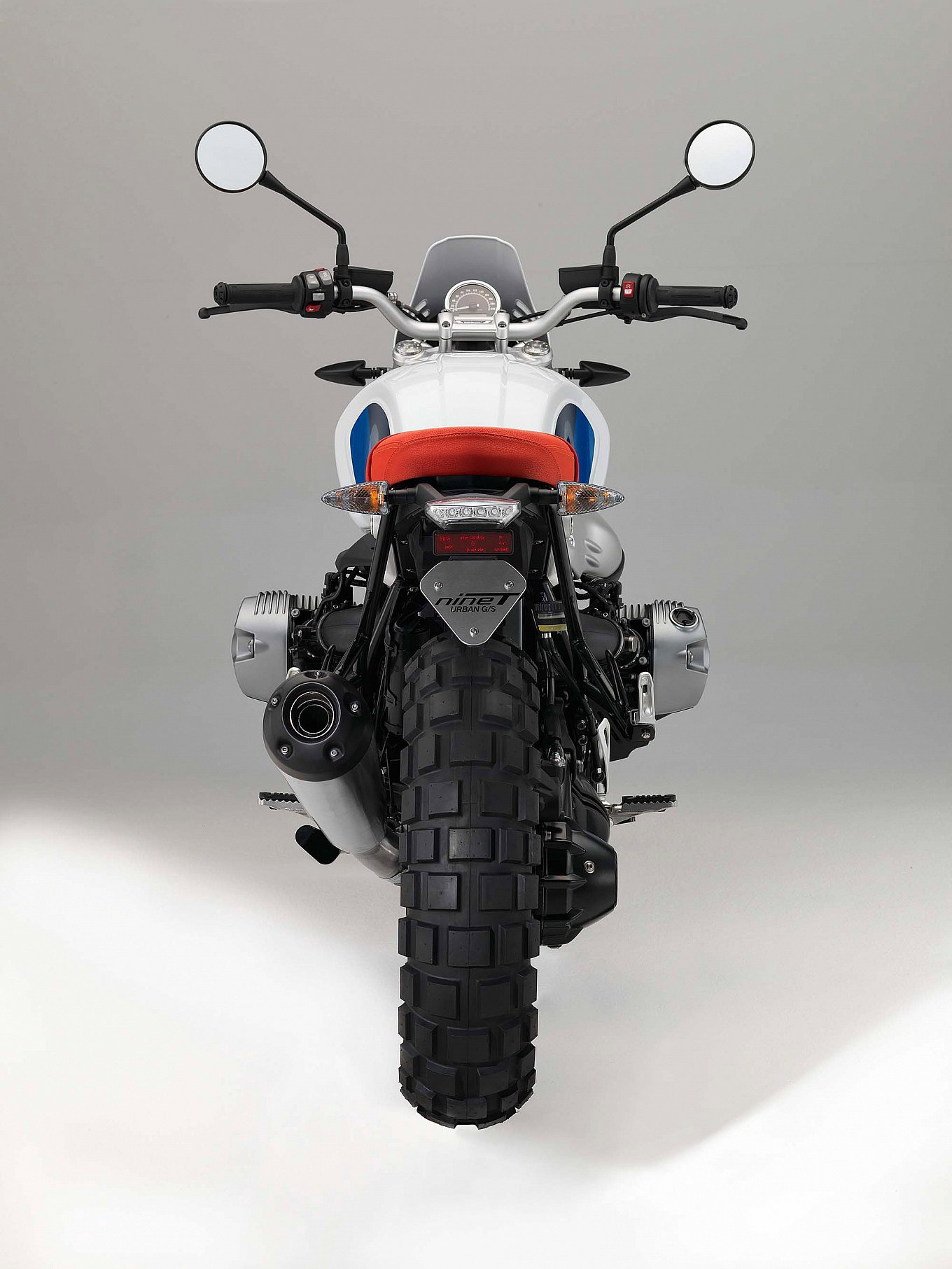 2017-bmw-r-ninet-urban-gs-8